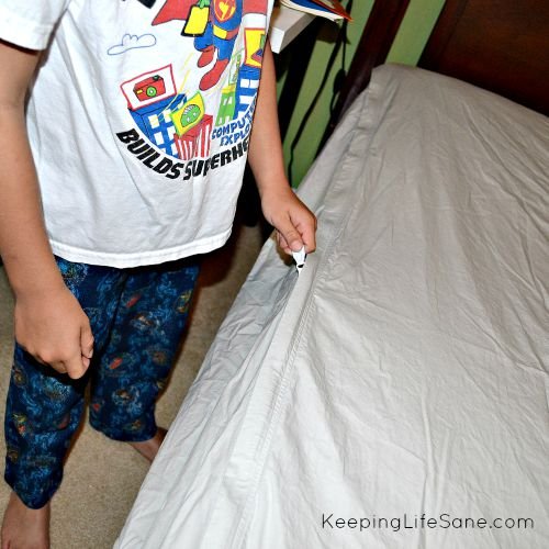 The Easy Way to Get your Kids to Clean Their Room