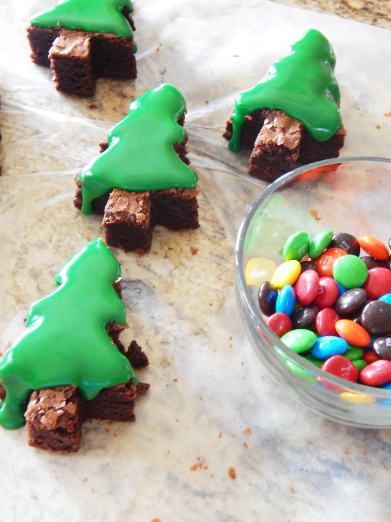 Christmas Tree Brownies - Keeping Life Sane