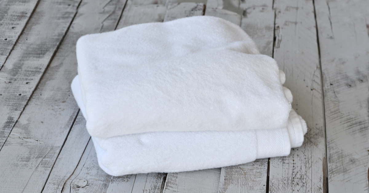 How To Get Mold Smell Out Of Clothes >> How to get the smell out of moldy towels - Keeping Life Sane