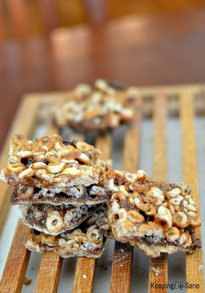 Easy and yummy cheerio cereal bars keeping life sane my kids love making these cereal bars they are so yummy delicious and easy ccuart Images