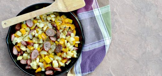 This is a super easy, inexpensive, one pot meal.  Don't you love anything that you can cook in one pot? Try this smoked sausage, potatoes, peppers & onions.
