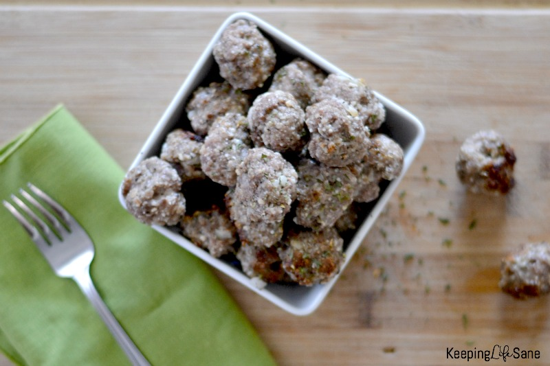 Who doesn't love homemade meatballs? Here is a GREAT easy recipe that only takes around 20 minutes. Your family will love them.