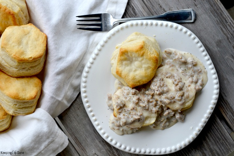 Homemade biscuits and gravy is so quick and easy to make. It's the perfect breakfast recipe for a fall or winter morning. YUM!