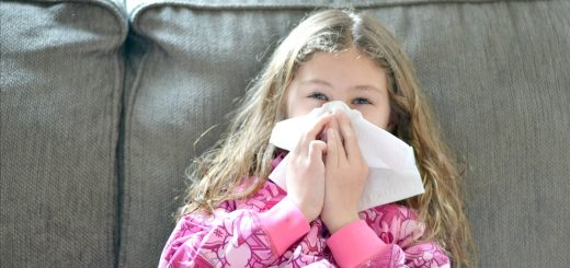I know a lot of parents are looking for this! Here are some great tips and tricks on how to keep your kids from getting the flu.
