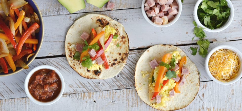 Are you looking for a new breakfast idea? These easy breakfast fajitas are delicious and everyone loves them. They're perfect for a crowd.