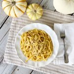 It's fall and it's time for this quick and easy dinner. Make sure to save this pumpkin alfredo pasta recipe. You can have it ready in 15 minutes!